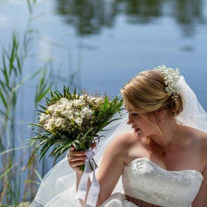 S & R skaistās kāzas pie Dziļezera 2019.gada augustā.